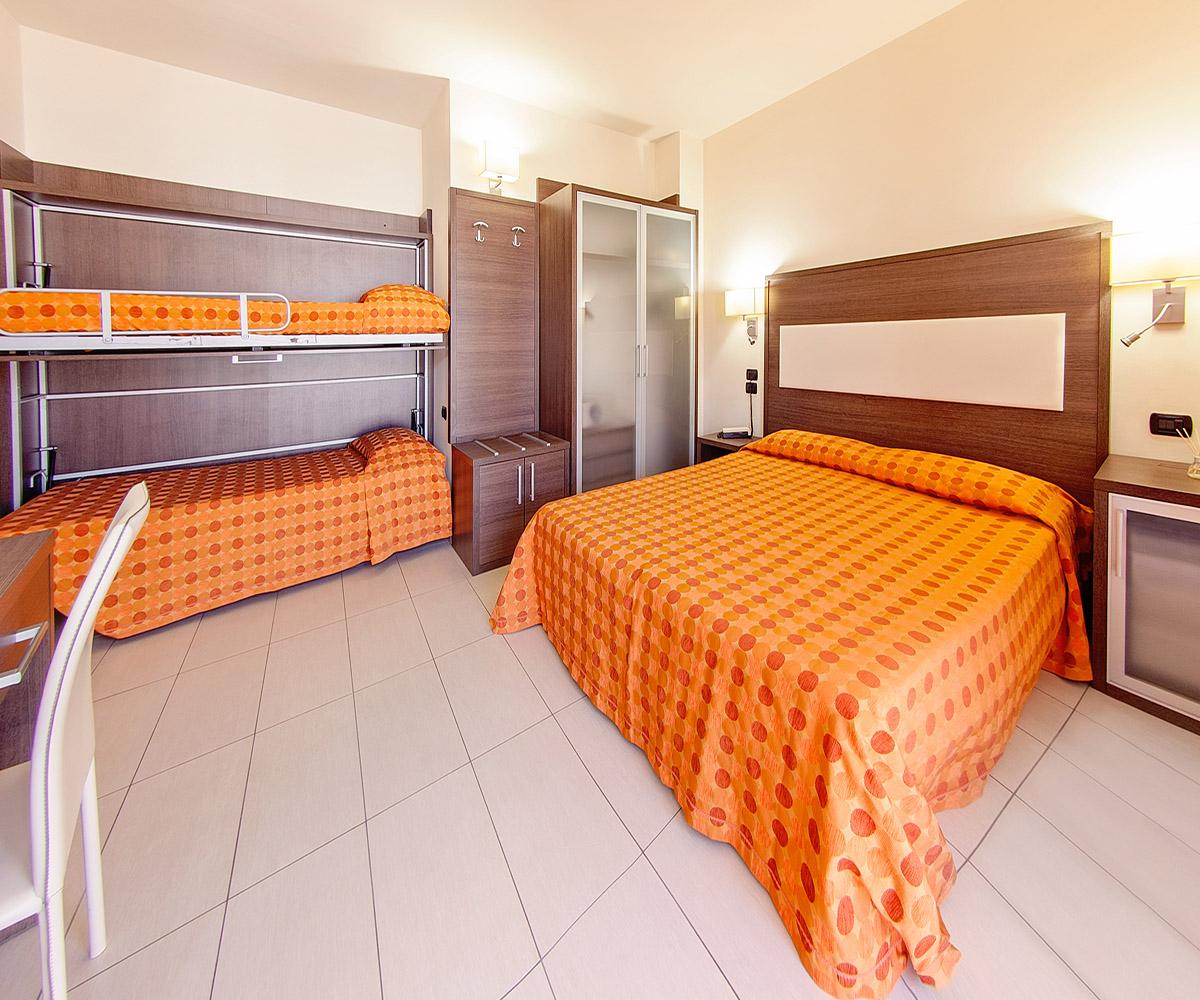 Camera con letto a castello - Hotel Taormina
